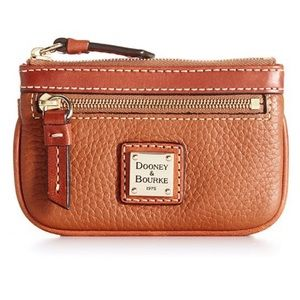 Dooney and Bourke Colin case wallet